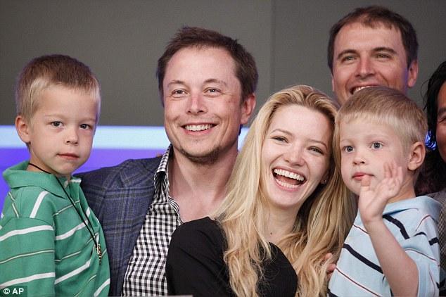 Entenda como funciona a escola criada por Elon Musk, para educar seus filhos