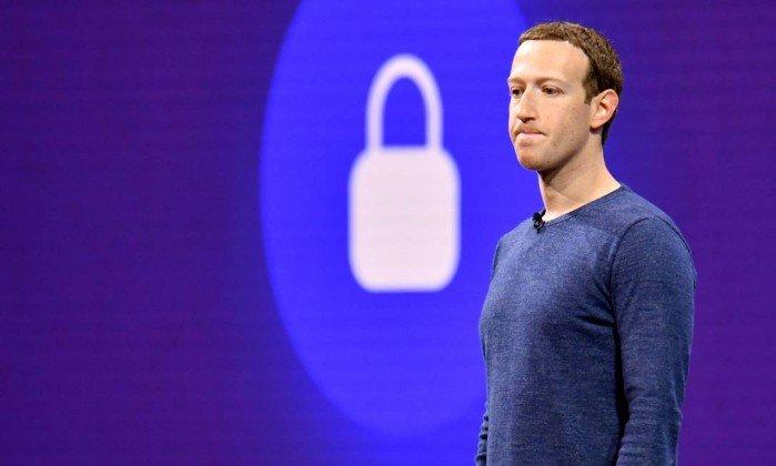 Acionistas pedem sua saída após o Facebook perder bilhões na bolsa