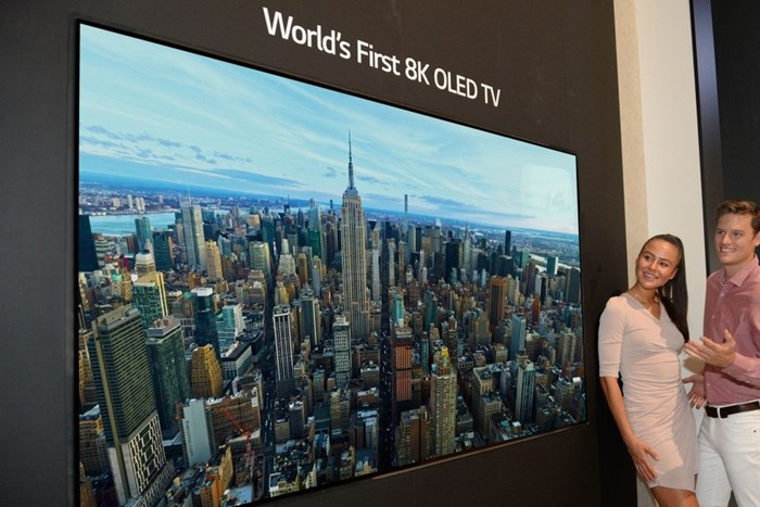 LG revela primeira TV OLED 8K do mundo