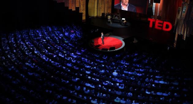 As 7 melhores TED Talks sobre inteligência artificial e robótica