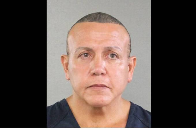 Polícia prende suspeito de envolvimento em pacotes-bomba nos EUA
