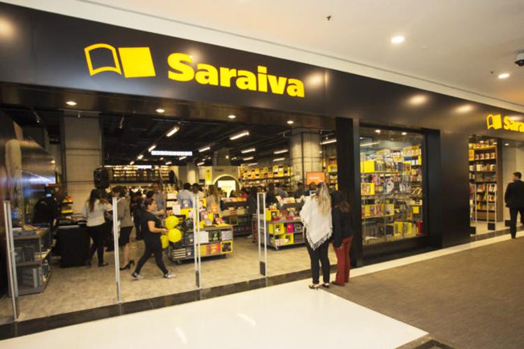 O livro impresso agoniza, Livraria Saraiva fecha 20 lojas