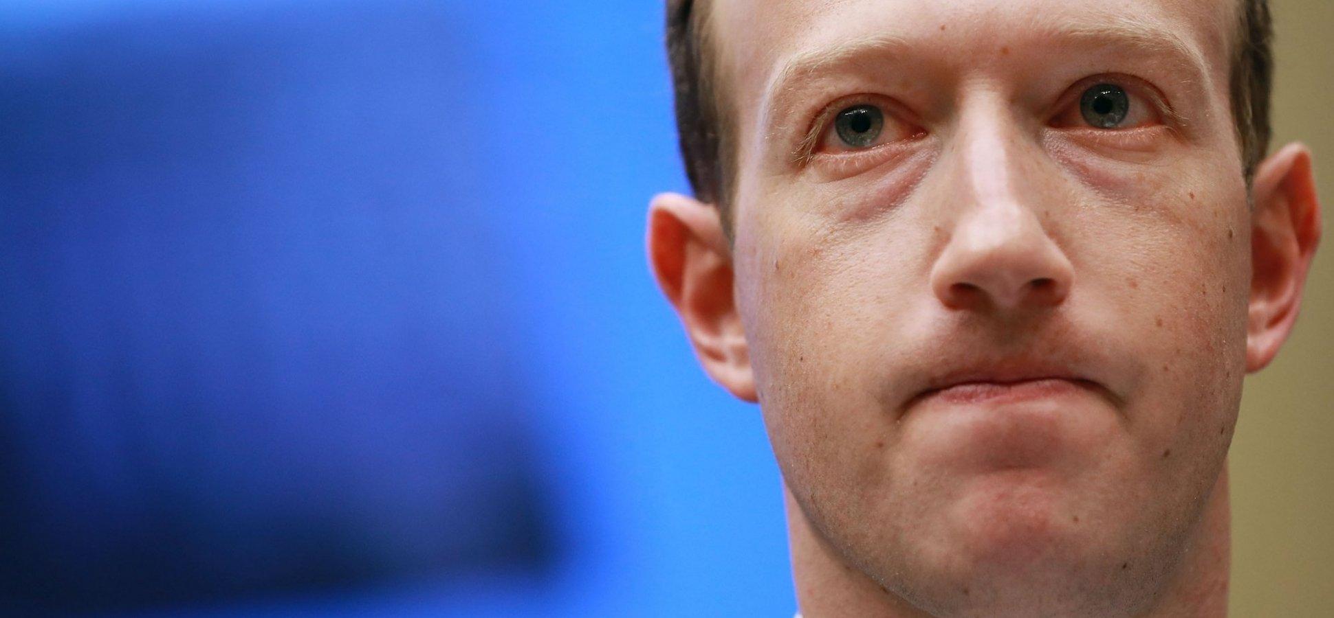 Facebook: acionistas pedem que Zuckerberg deixe presidência do conselho