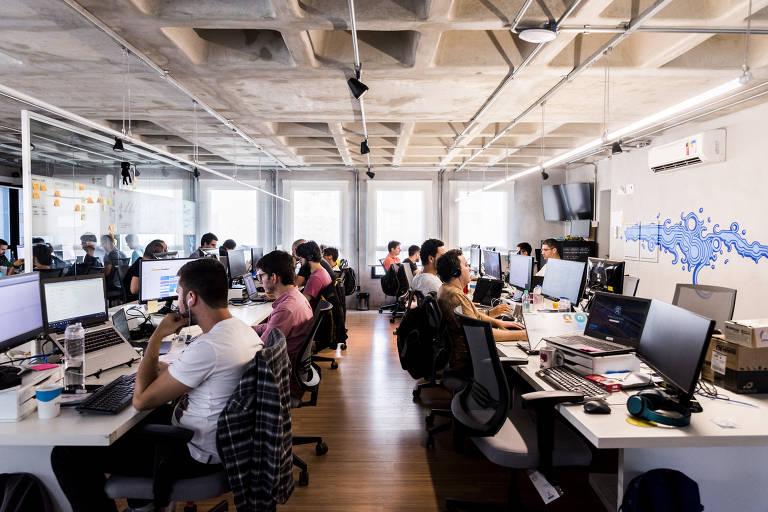 Empresas brasileiras dispensam o diploma na hora de contratar