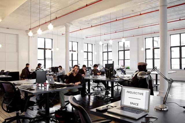 Como manter o foco em escritórios abertos e barulhentos