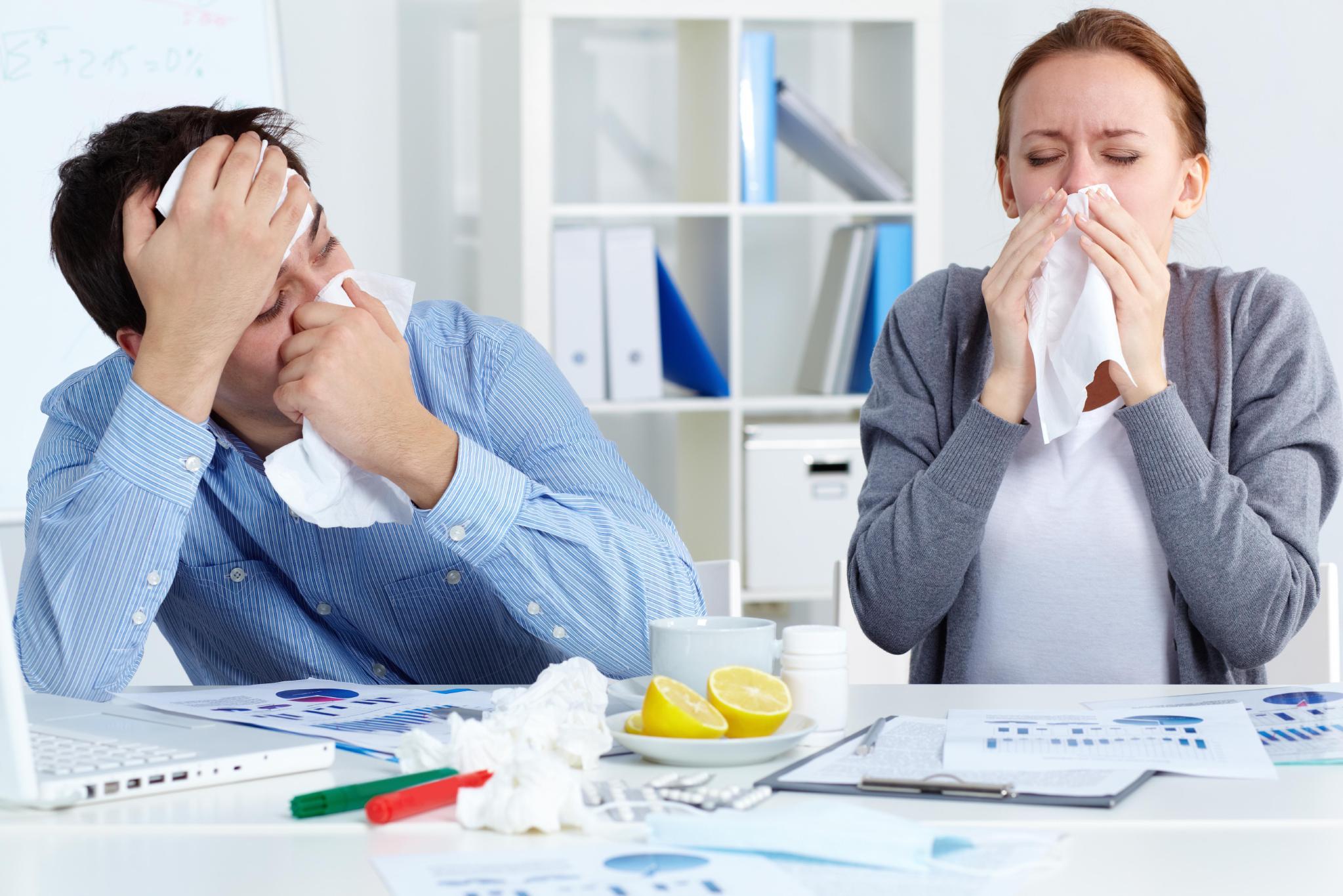 Seu escritório está cheio de germes. Saiba como se prevenir